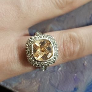Gorgeous Faux Ring